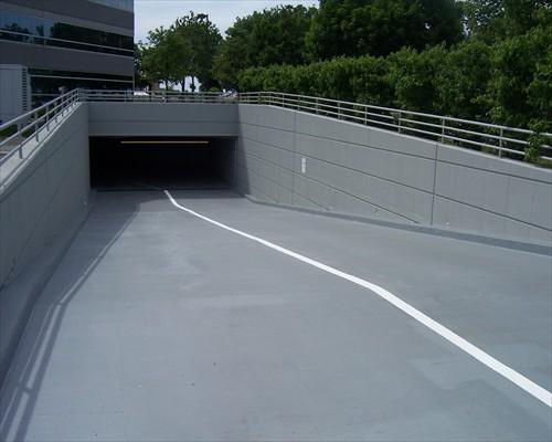 Elastomeric Membrane Parking : Seamless polyurea coatings swimming pool linings flexible